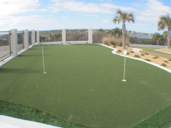 Aliki putting green